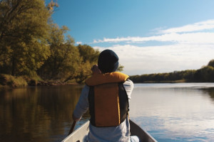 kayaker wearing a lifejacket