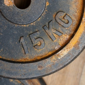 rust on weight plate